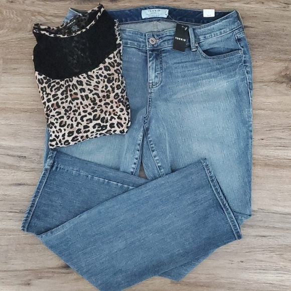 Torrid New With Tags Lightwash Jeans